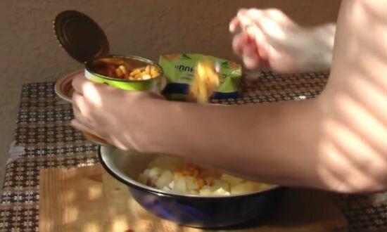 Салат ананас рецепт - 4