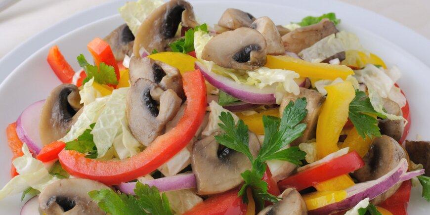 как сделать салат с грибами