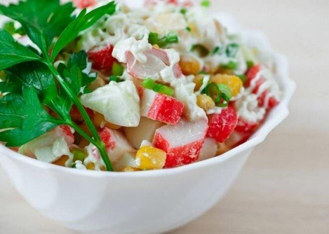 салат с крабовыми палочками и сыром рецепт приготовления