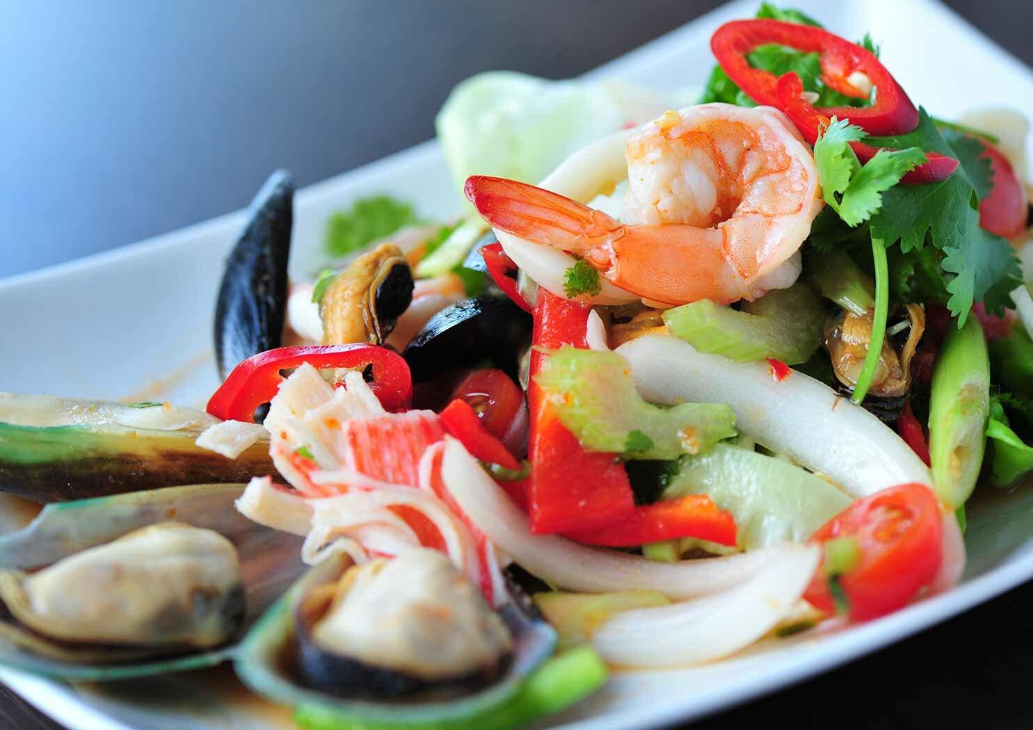 как готовить салат из морепродуктов без майонеза