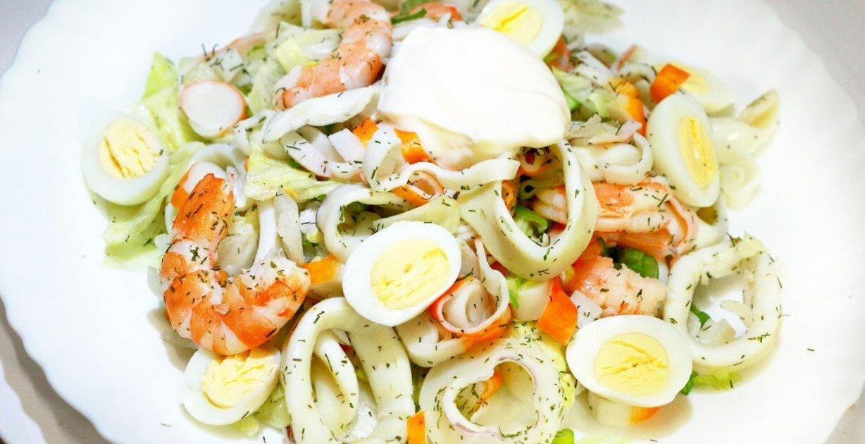 салат из кальмаров и крабовых палочек рецепт приготовления