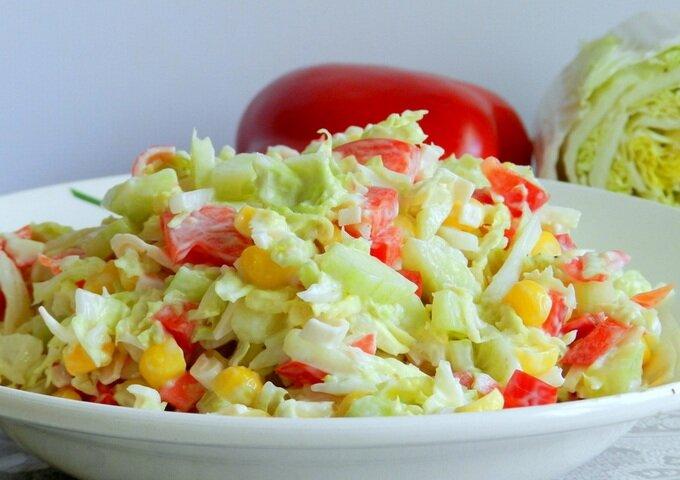 салат из пекинской капусты с колбасой рецепт