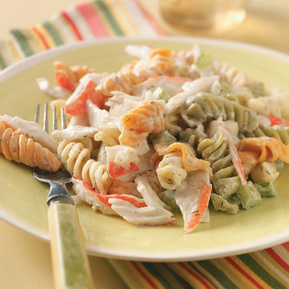 салат с кукурузой и крабовыми